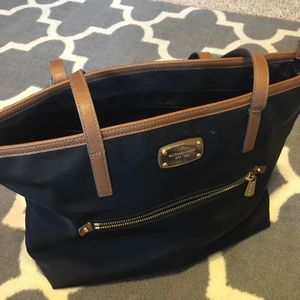 Michael Kors bag (needs repairs to its straps!!)